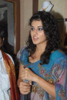 tapsee 28