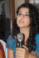 tapsee 32