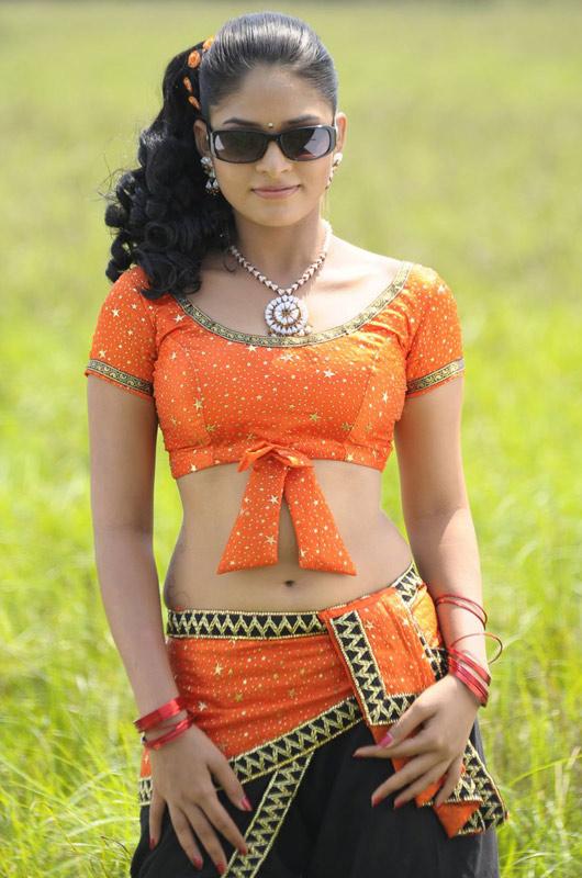 thara hot